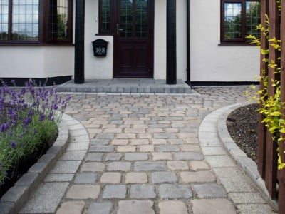 Oldham Paving Contractors Laying Cobblestones in Oldham